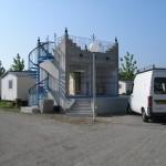 Bloc sanitaire avec terrasse mise hors d'eau